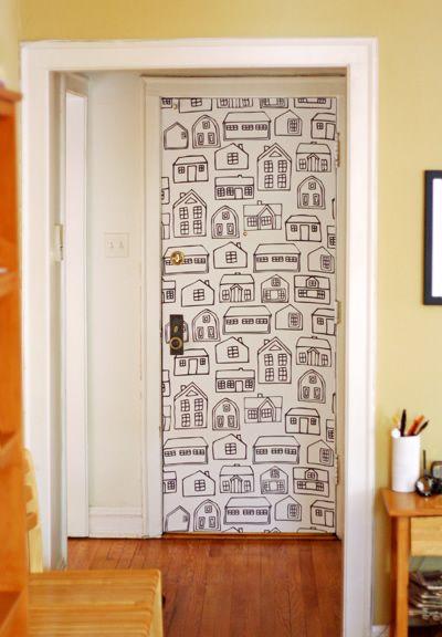 Оформить дверь старую своими руками