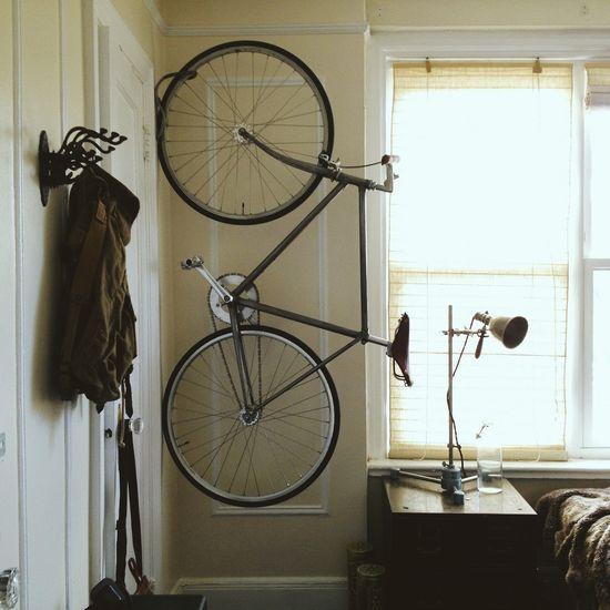 как хранить велосипед вертикально 5.jpg