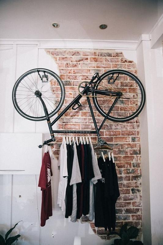 как хранить велосипед вешалка.jpg